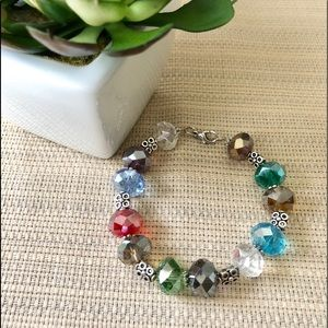 ✨NEW✨Multi Color Lg. Crystal Facet Bead Bracelet